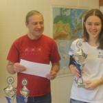 Bayerische Meisterin U25 SSEM Hanna Marie Klek (SC Erlangen 48/88) und Turnierleiter Helmut Luther (SW Nürnberg Süd)